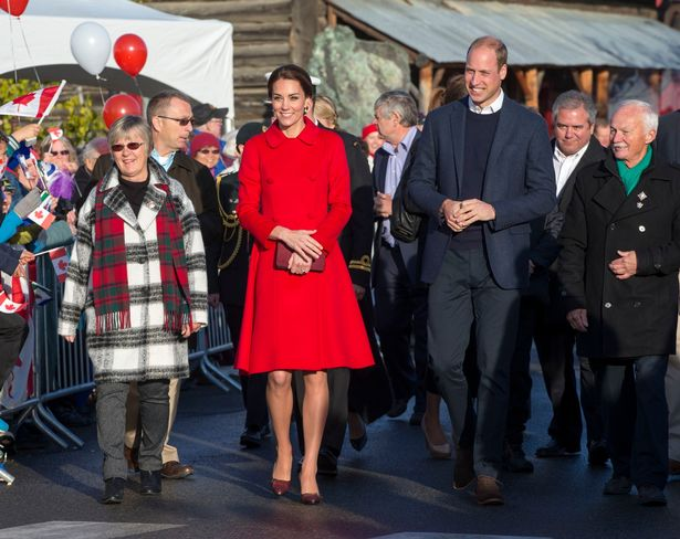 Kate Middleton recycles daring red coat in support of Welsh rugby team