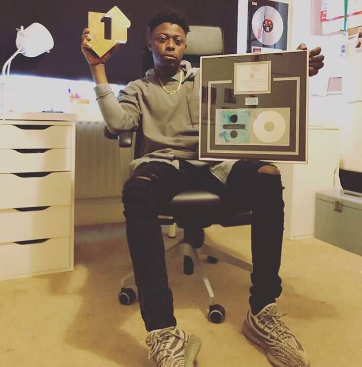 Legendary kill beatz has been honoured with a plaque for producing Ed Sheeran's Bibia Be Yeye