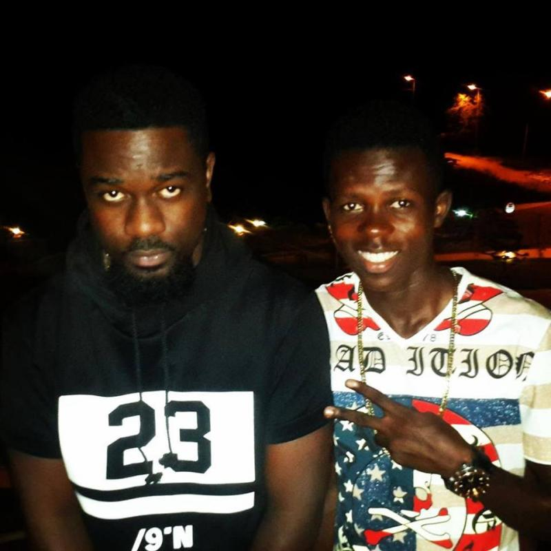 Sarkodie signs Strongman to SarkCess Music