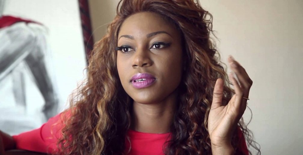 Yvonne Nelson loses her dad
