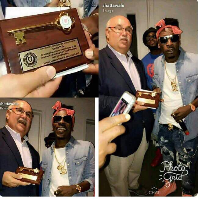 US Mayor Presents KEY TO THE CITY OF Worcester, Massachusetts To Shatta Wale After Successful Show..